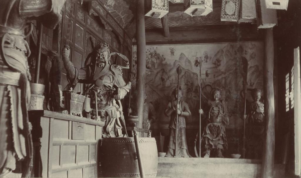 Vietējais lūgšanas templis Mandžūrijā